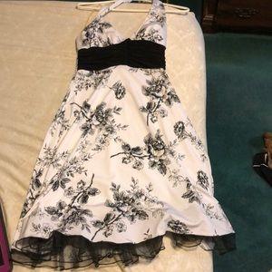 White and black halter dress size 9/10
